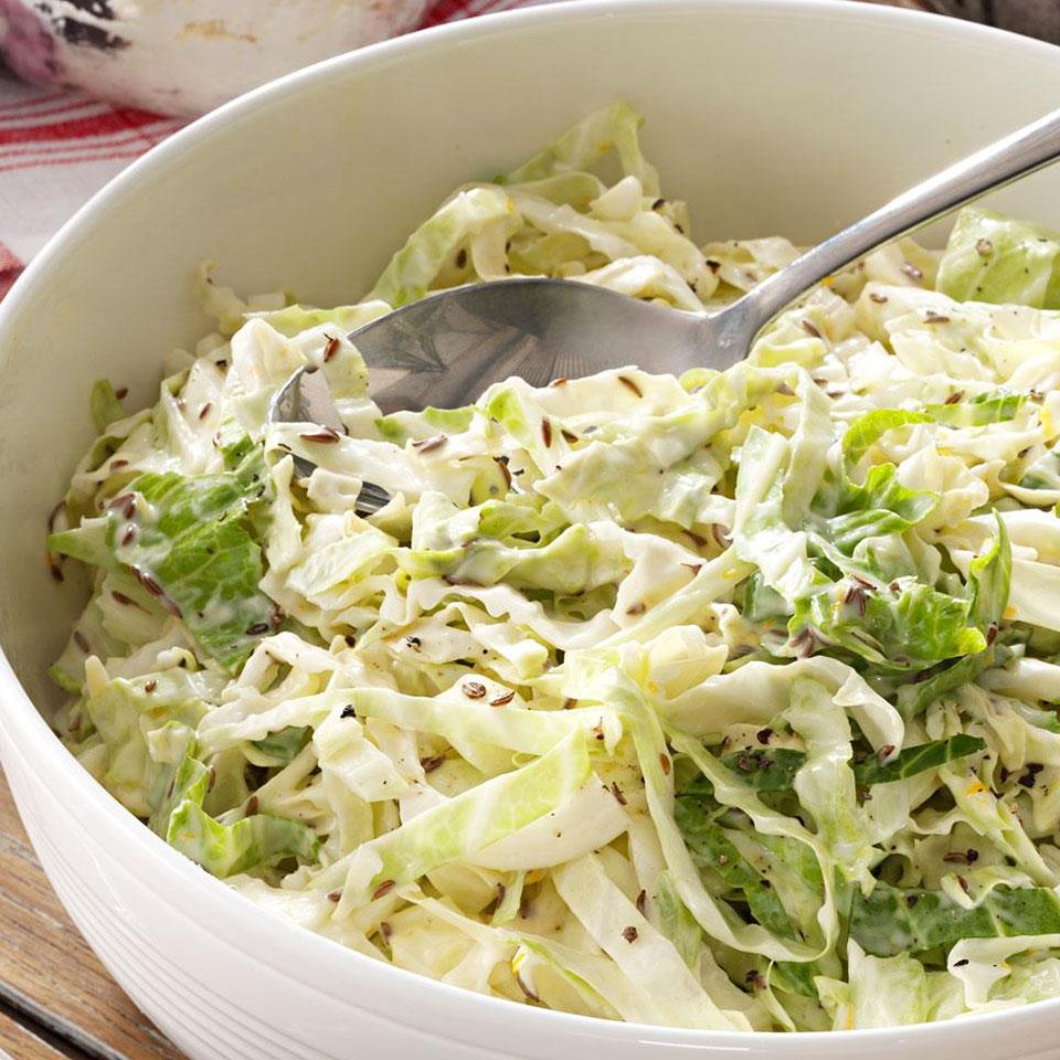 Kopūstų salotos su majonezu ir garstyčiomis